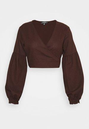 WRAP BALLOON - Long sleeved top - chocolate