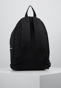 Calvin Klein Jeans - SPORT ESSENTIALS BACKPACK - Batoh - black - 2
