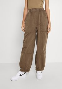 BDG Urban Outfitters - BAGGY PANT - Trousers - chocolate - 0