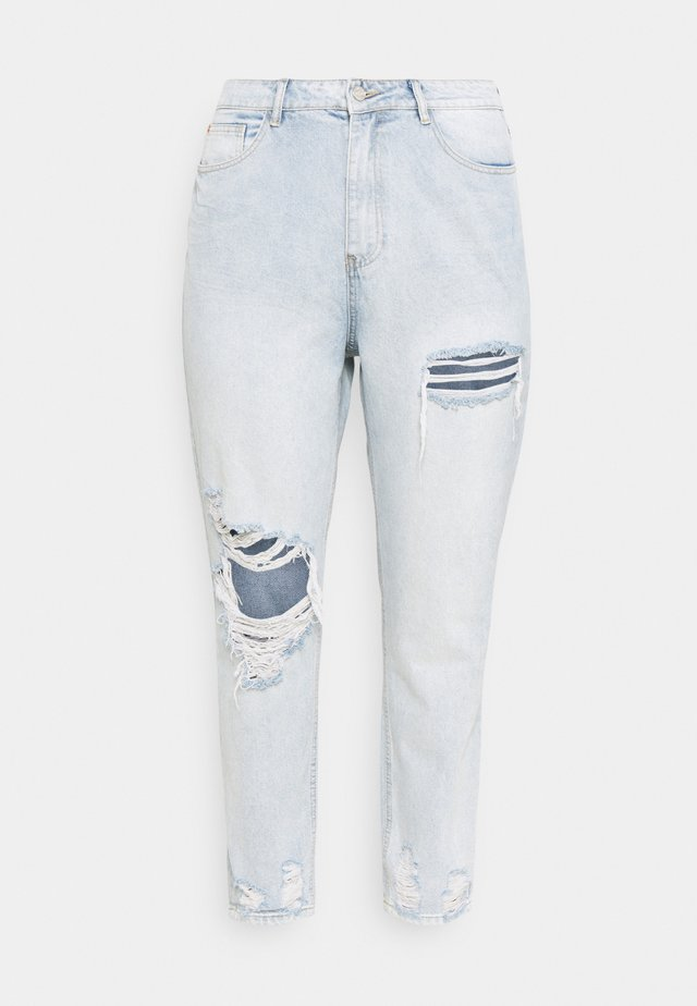 RIOT THIGH SLASH MOM LIGHTWASH - Jeans relaxed fit - blue