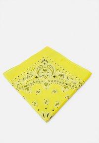 Urban Classics - BANDANA 3 PACK UNISEX - Skjerf - black/yellow/white - 3