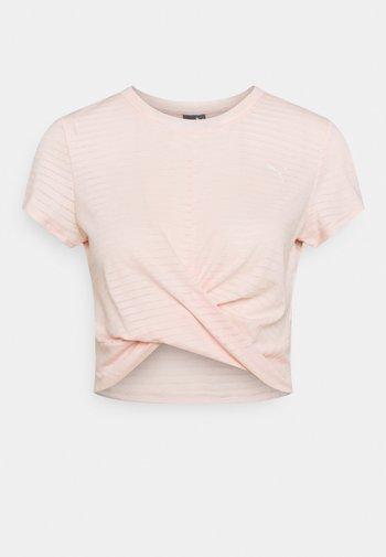 STUDIO TWIST BURNOUT TEE - Camiseta estampada - cloud pinkprint