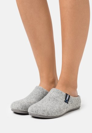 Slippers - gris