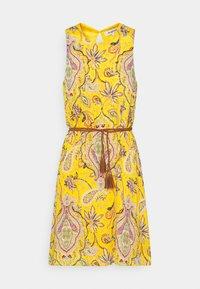 ADRIANA - Vapaa-ajan mekko - yellow