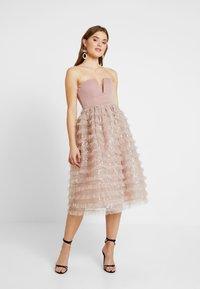Rare London - SEQUIN DETAIL PROM DRESS - Cocktail dress / Party dress - lilac - 0