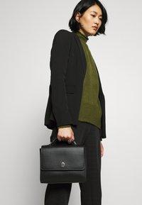 Tommy Hilfiger - HONEY FLAP SATCHEL - Handbag - black - 1