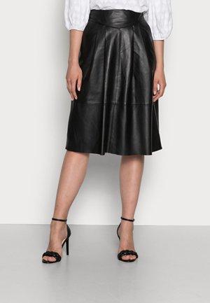 Leather skirt - black