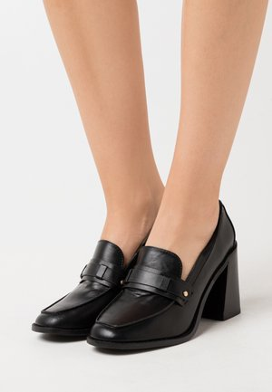 SKYLAH - Zapatos altos - black