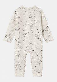 Noppies - BABY PLAYSUIT NOORVIK - Pyjama - snow white - 1