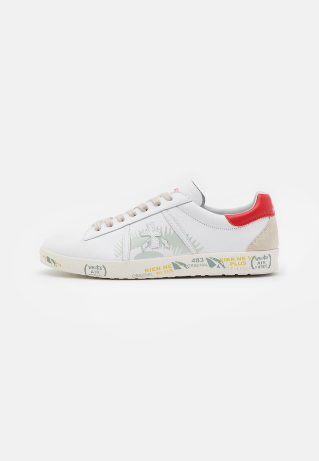 ANDY - Trainers - white/red