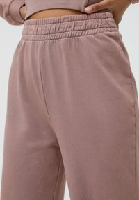 PULL&BEAR - Tracksuit bottoms - mottled pink - 3
