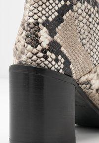Alberto Zago - Ankle boots - roccia - 2