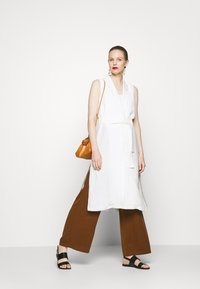 Esprit Collection - LONG VEST - Chaleco - off white - 1