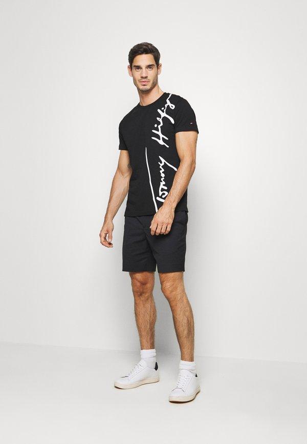 Tommy Hilfiger COOL SIGNATURE TEE - T-shirt z nadrukiem - black/czarny Odzież Męska XDES