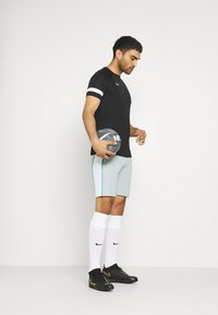Nike Performance - DRY SHORT - Sports shorts - light pumice/white - 1