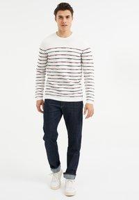 WE Fashion - Sweatshirt - white - 1