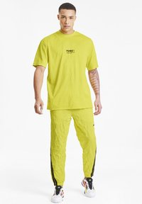 Puma - AVENIR CRINKLE  - T-shirt imprimé - meadowlark - 1