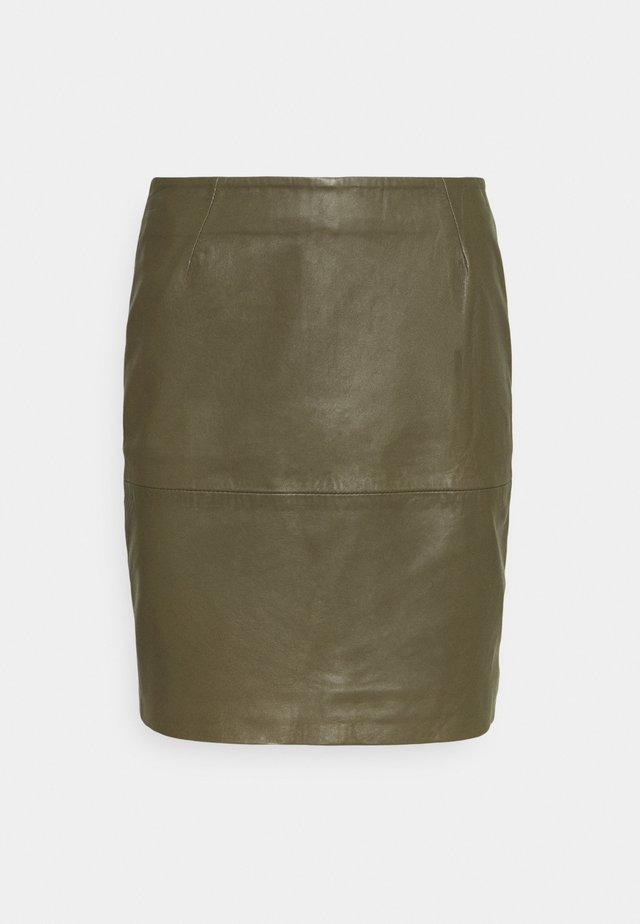 IHDARINA - Leather skirt - beech