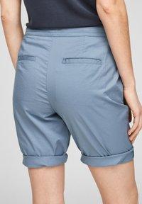 s.Oliver - Shorts - powder blue - 5