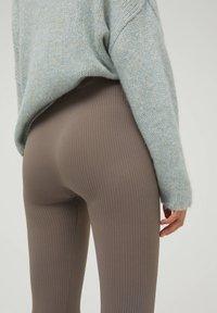 PULL&BEAR - Leggings - grey - 4