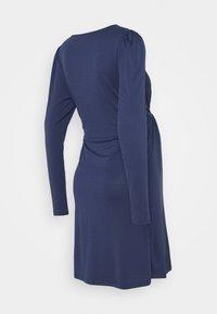 MAMALICIOUS - MLANALIA DRESS - Žerzejové šaty - estate blue - 1