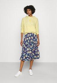 Polo Ralph Lauren - LOOPBACK - Sweatshirt - wicket yellow - 1