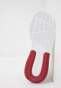Calvin Klein Jeans - MUNRO - Trainers - white/red - 4