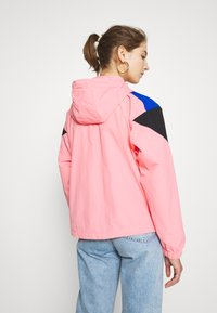 The North Face - EXTREME WIND JACKET - Windjack - miami pink combo - 2