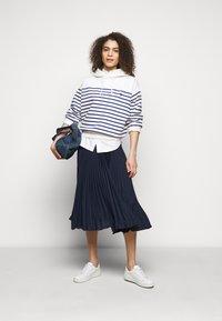 Polo Ralph Lauren - Plisovaná sukně - cruise navy - 1
