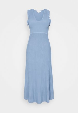 PLEATED RUFFL DRESS - Pletené šaty - chambray