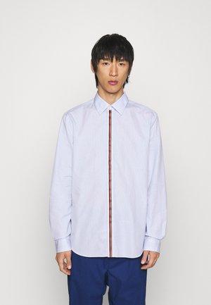 TAILORED SHIRT - Shirt - light blue