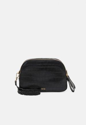 CROSSBODY BAG SEREN - Sac bandoulière - black