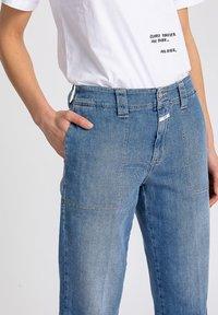 CLOSED - Straight leg jeans - blue - 2