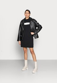 Calvin Klein Jeans - HERO LOGO DRESS - Jersey dress - black - 1