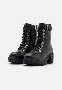 Les Tropéziennes par M Belarbi - ZARAFA - Platform ankle boots - noir - 2