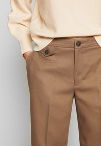 Club Monaco - CAVALRY PANT - Pantalones - toffee - 6