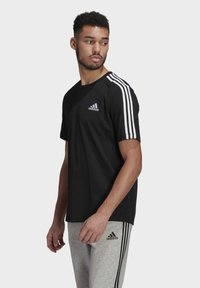 adidas Performance - Camiseta estampada - black/white - 3