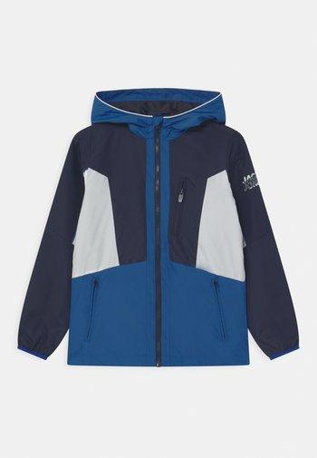 JCOCARSON - Lehká bunda - navy blazer