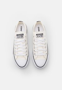 Converse - CHUCK TAYLOR ALL STAR PLATFORM - Sneakers basse - egret/white/black - 5