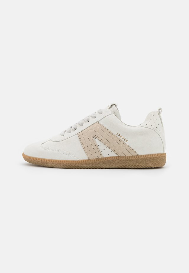CPH413 - Baskets basses - white