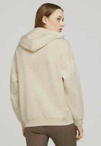 TOM TAILOR DENIM - Hoodie - soft creme beige - 2