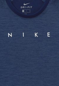 Nike Performance - DRY ACADEMY - Print T-shirt - blue void/white - 3
