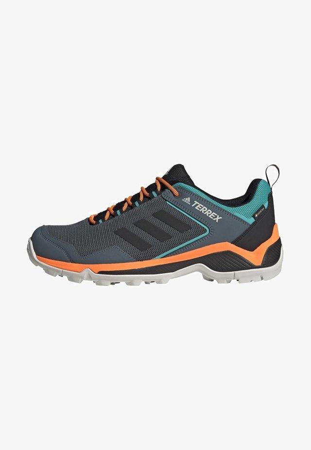 TERREX EASTRAIL GORE-TEX HIKING SHOES - Climbing shoes - green