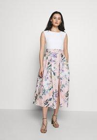 Closet - CLOSET PLEATED SKIRT DRESS - Cocktail dress / Party dress - peach - 0