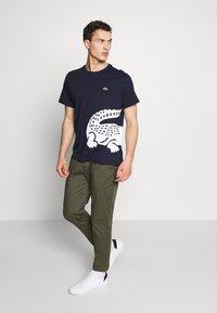 Lacoste - TH5139 - Print T-shirt - navy blue - 1