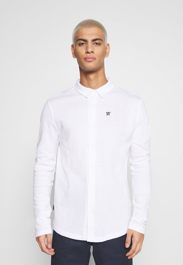 TEXTURED MUSCLE FIT  - Camicia - white
