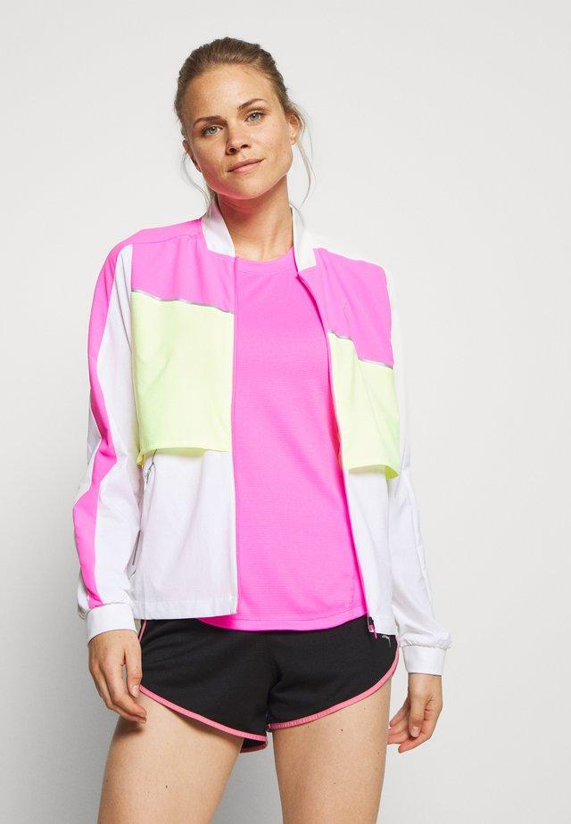 LITE WARM UP JACKET - Veste de running - puma white/luminous pink/fizzy yellow