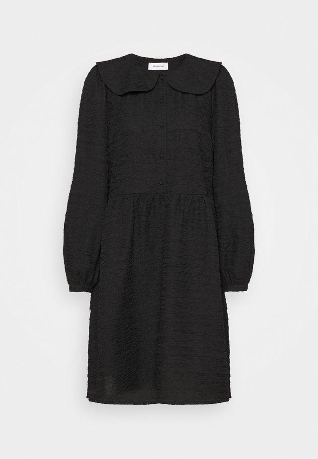 HAZELL DRESS - Vardagsklänning - black