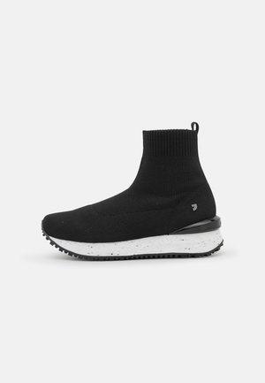 ULUIK - Classic ankle boots - black