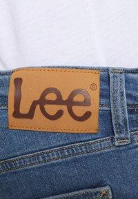 Lee - DAREN ZIP FLY - Jeans straight leg - light stone - 4